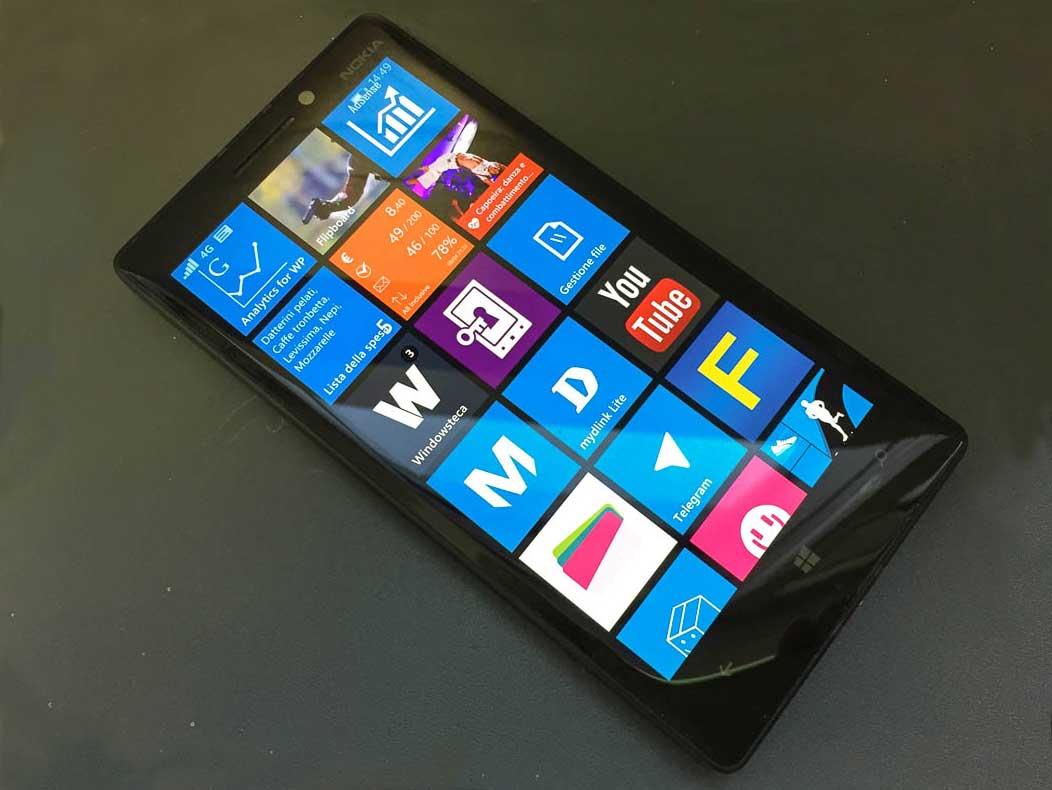 Nokia-930-front-acceso