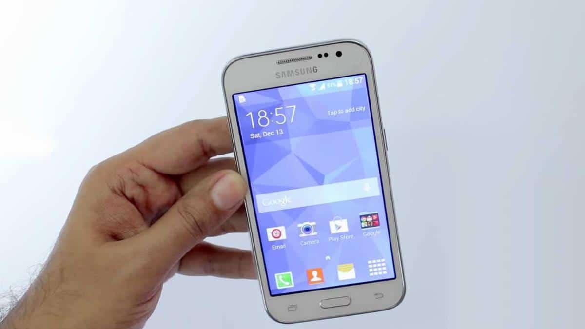 Samsung-Galaxy-Core-Prime-frontale-schermo-acceso