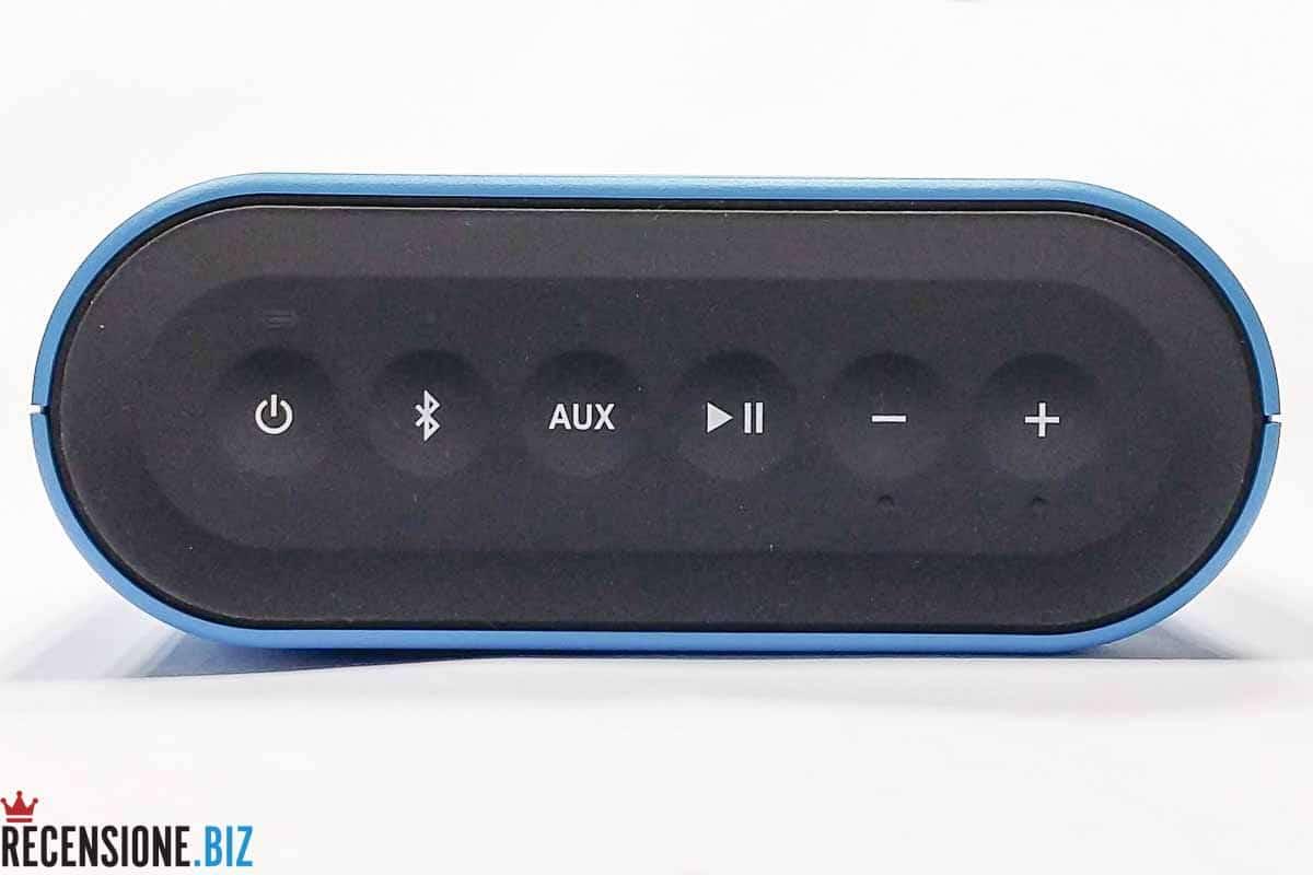 Cassa Bose SoundLink Colour Bluetooth - la tastiera superiore