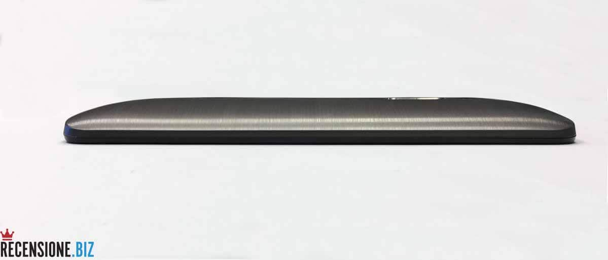 Asus Zenfone 2 ZE551ML laterale 1