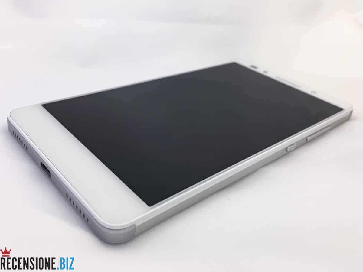 Huawei Honor 7 - 3-4 spento