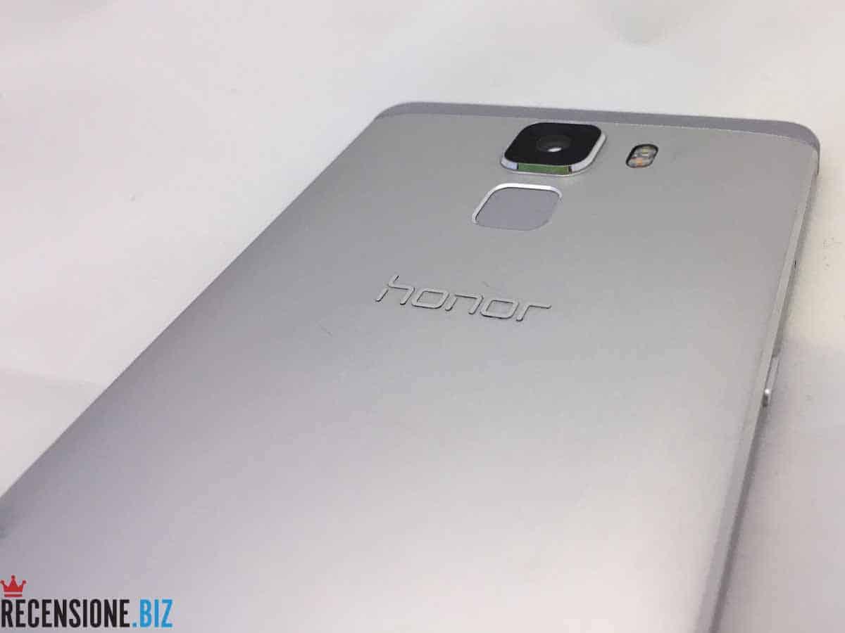 Huawei Honor 7 - dettaglio posteriore