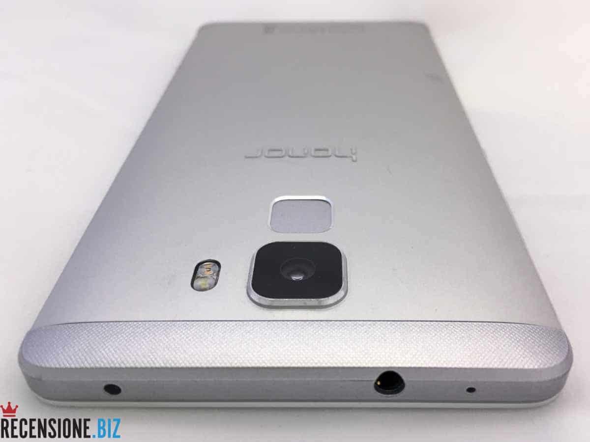 Huawei Honor 7 - dettaglio superiore