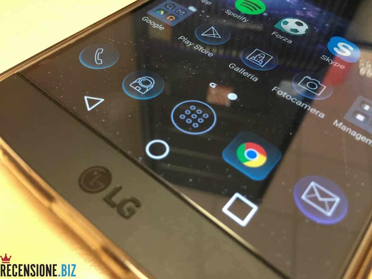 LG V10 close up schermo