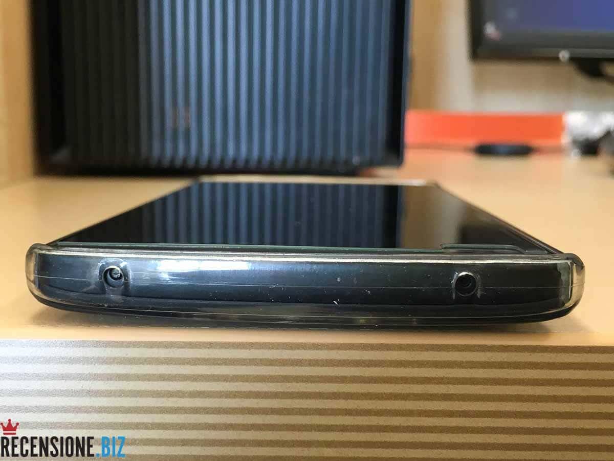 LG V10 dettaglio superiore