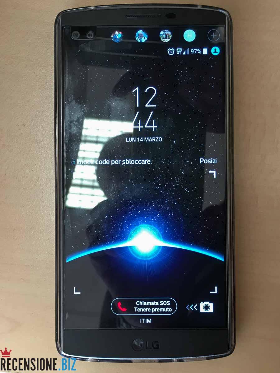 LG V10 frontale schermo acceso