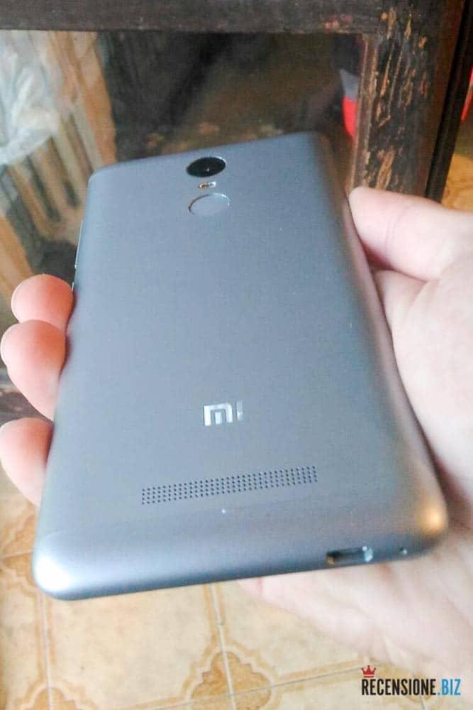 Xiaomi Red Mi Note 3 posteriore