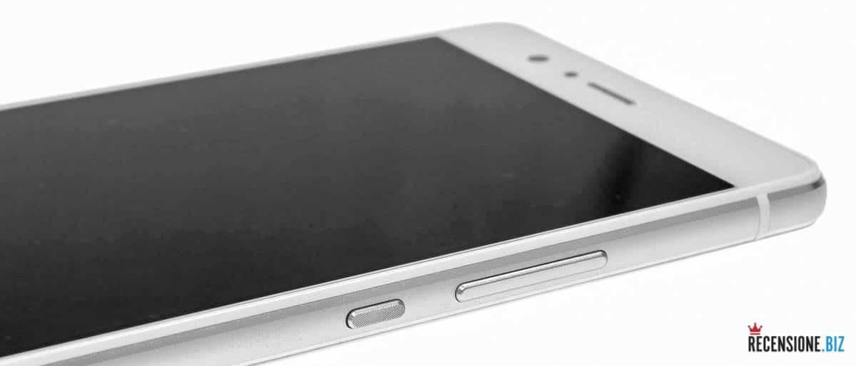 Huawei P9 lite - dettaglio laterale