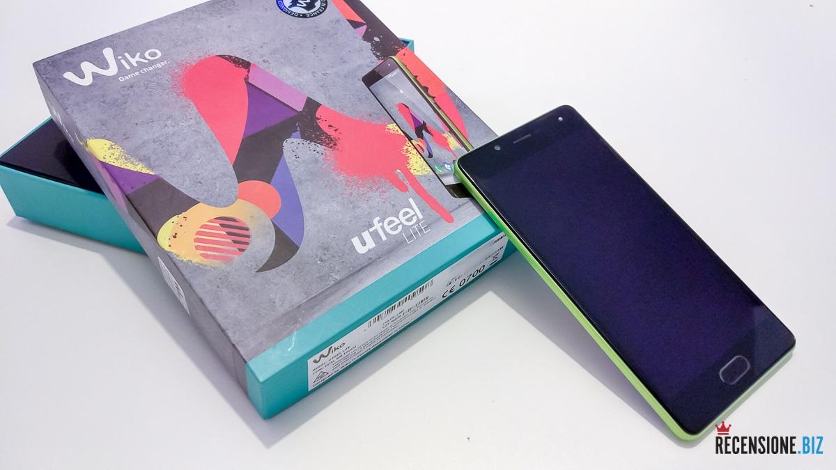 Wiko uFeel Lite - spento con scatola