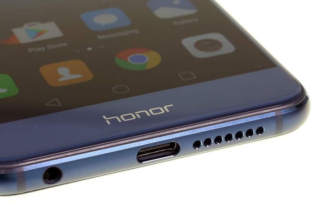honor-8-particolare-inferiore