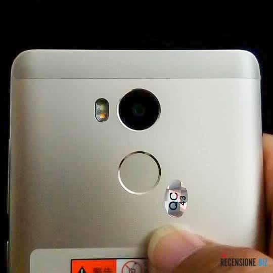 xiaomi-redmi-4-fotocamera-e-lettore-di-impronte